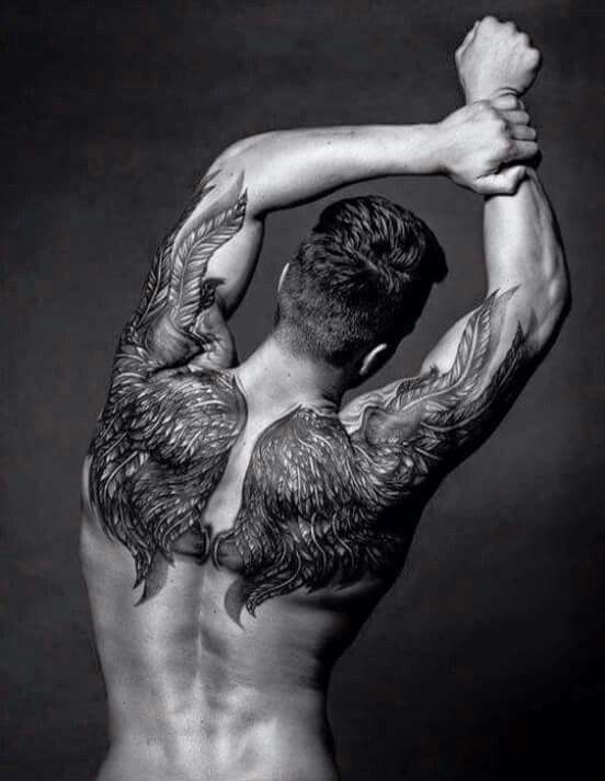 Thiết kế hình xăm cánh thiên thần sau lưng