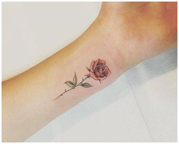 Mẫu hình xăm hoa hồng ở cổ tay cho nữ