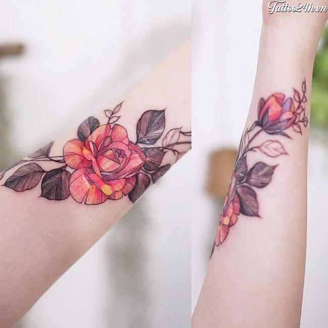 Chia sẻ hình xăm bông hồng nhỏ ở tay - mẫu hình xăm đôi cho cả nam và nữ