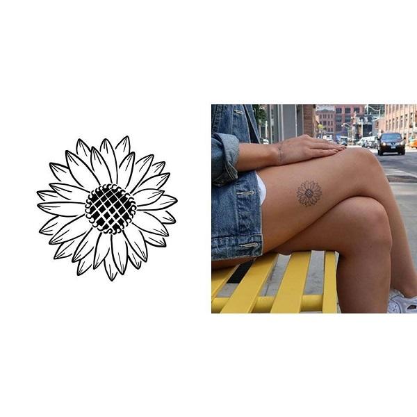 Bật bí hình xăm Sunflower ở đùi cho nữ khám phá