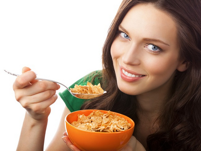 Bà bầu 4 tháng nên ăn gì? Mẹ bầu 4 tháng nên ăn gì? Có bầu 4 tháng nên ăn gì?
