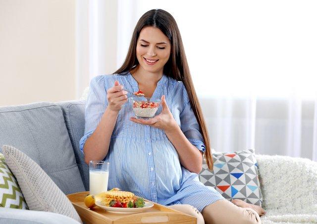 Bà bầu ăn gì cho mát? Bà bầu nên ăn gì cho mát? Mùa hè bà bầu nên ăn gì cho mát?