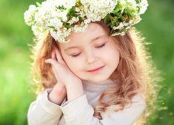 [Giải đáp] Ý nghĩa tên Diệp gì & Liệu tên Diệp có phù hợp với bé gái