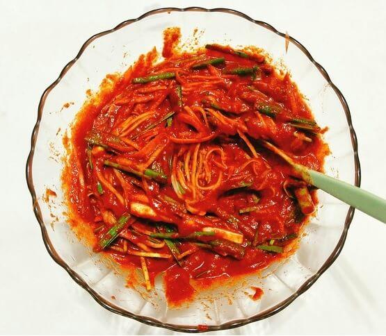 Chia sẻ cách làm kim chi hàn quốc ngon đúng điệu. Làm món kim chi cải thảo chua ngọt