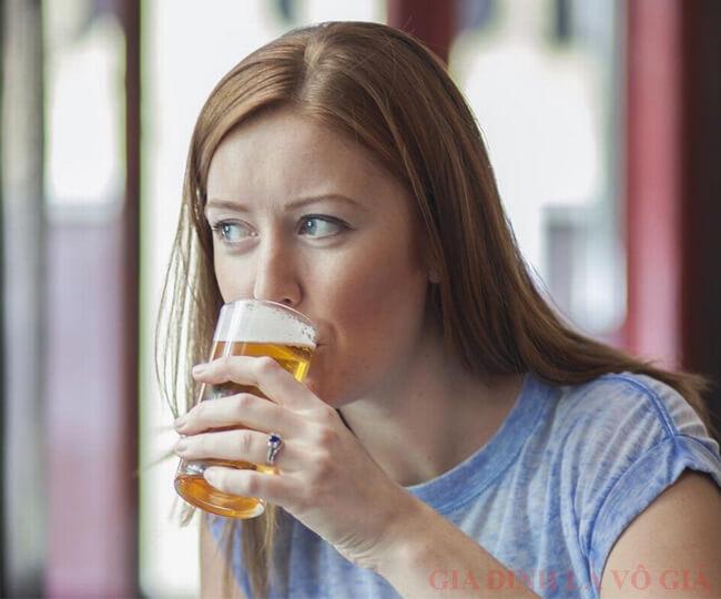Bật mí cách gọi sữa về bằng bia lạ lùng nhưng cực hiệu quả